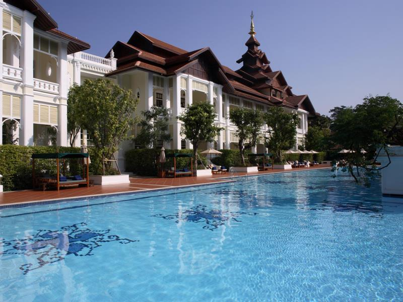 Pool_Area2_The_Dhara_Dhevi_Hotel_Chiang_Mai