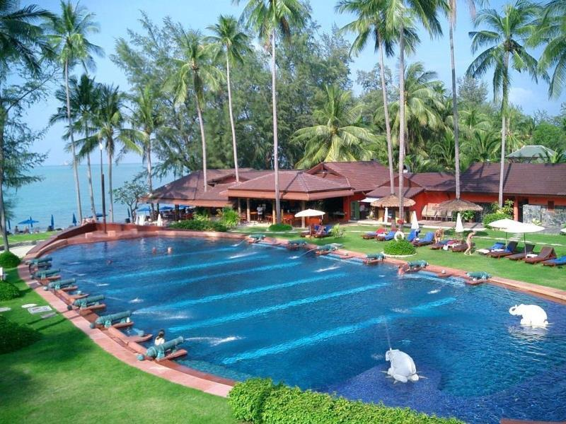 imperial_boat_house_beach_resort