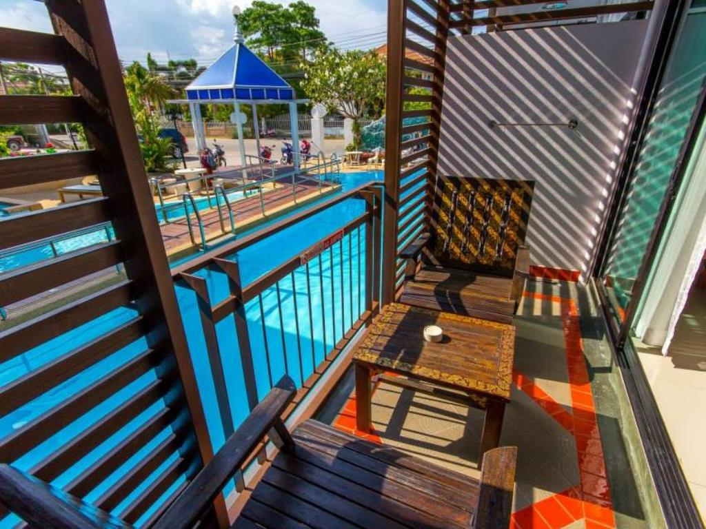 Chayadol Boutique Resort Pool Room Balcony