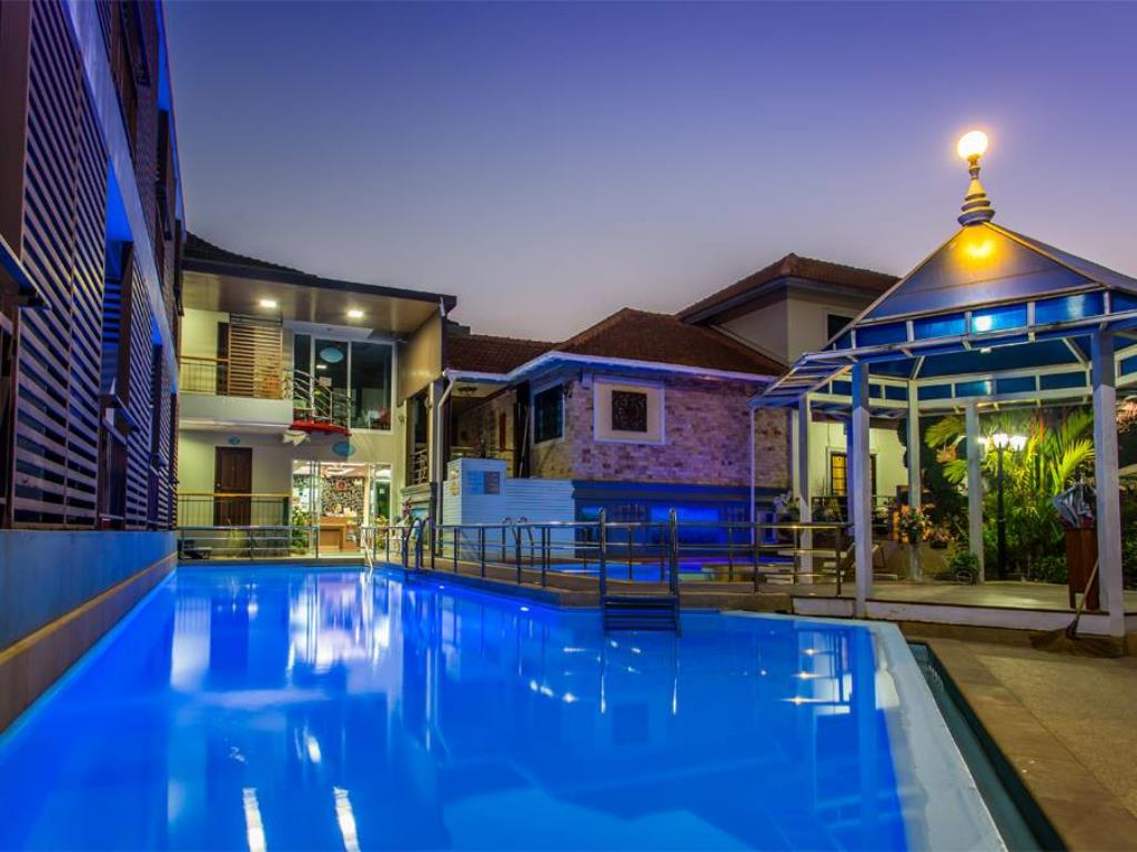 Chayadol Boutique Resort Pool