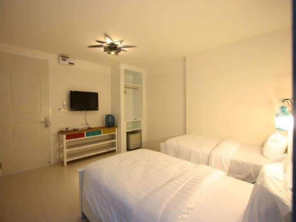 hub hua hin 57 room twin room