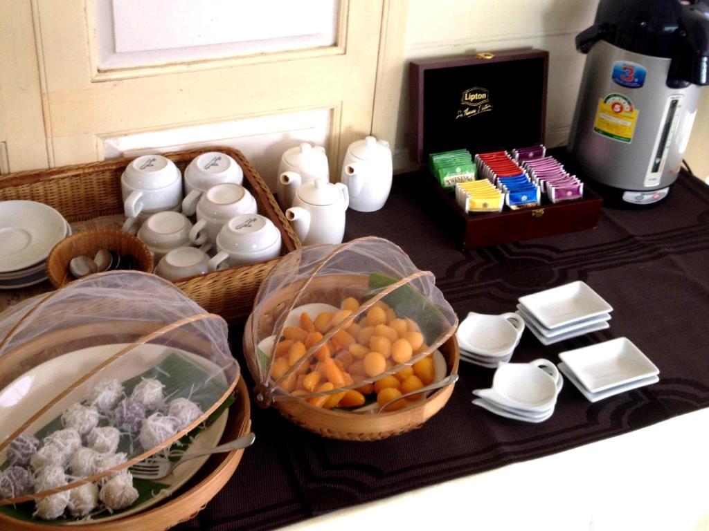 Baan Dinso Breakfast Buffet
