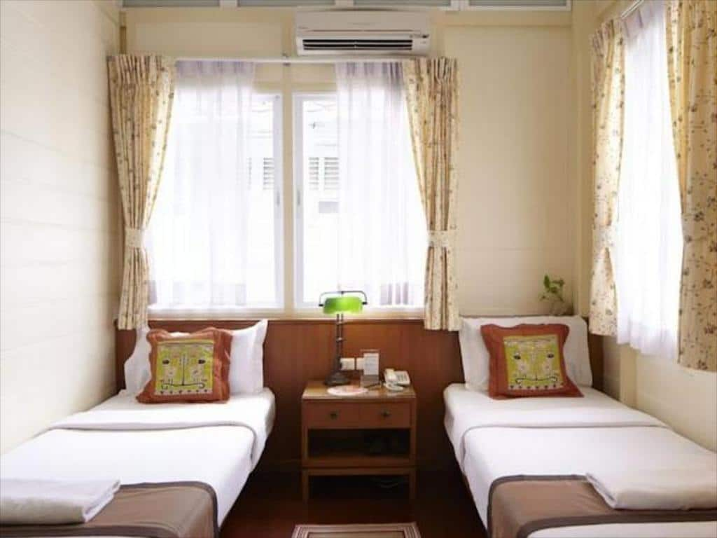 Baan Dinso Twin Room