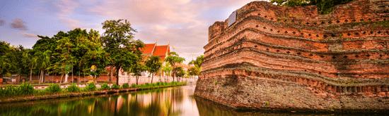 explore Thai culture