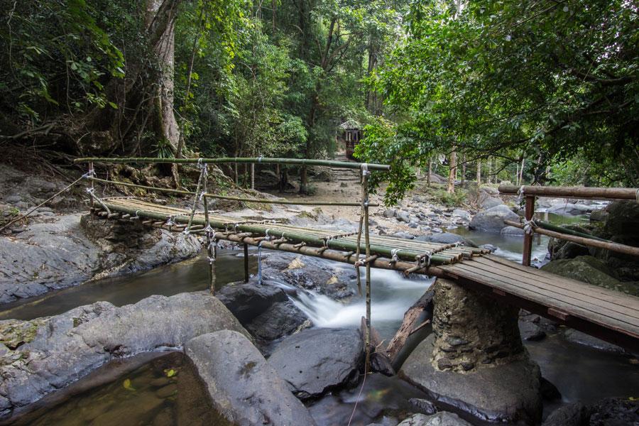 Pa La-U Waterfall Bridge